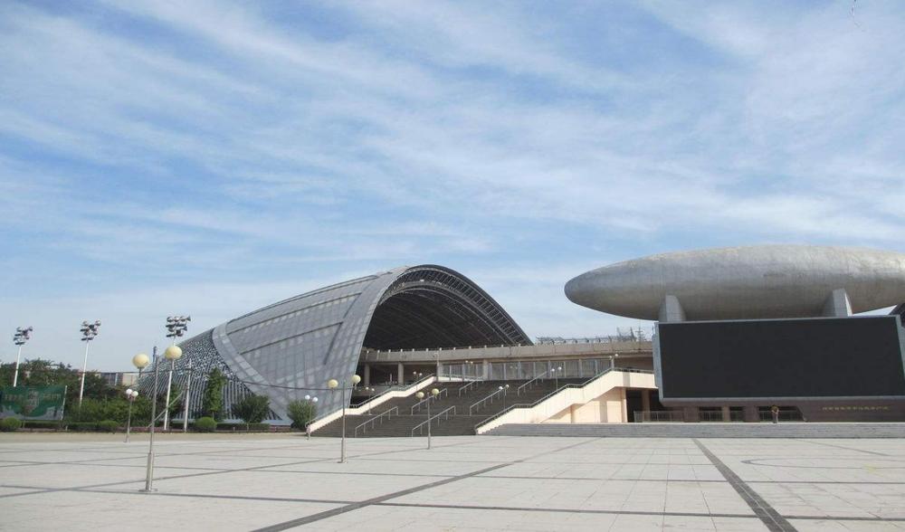 河南省体育中心体育馆金属幕墙、玻璃幕墙设计案例