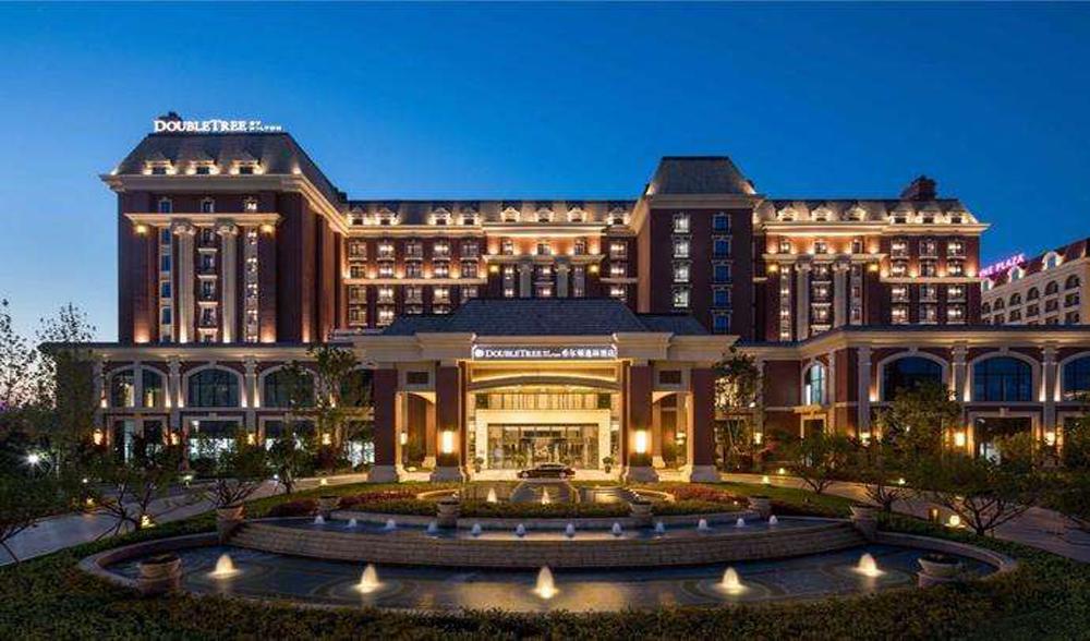 青岛东方影都酒店石材幕墙、玻璃幕墙设计案例