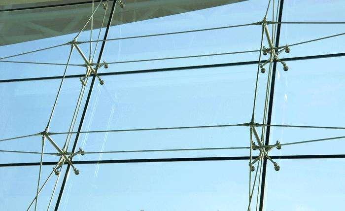 点支式玻璃幕墙的特点