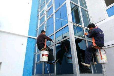 玻璃幕墙漏水分析与预防措施