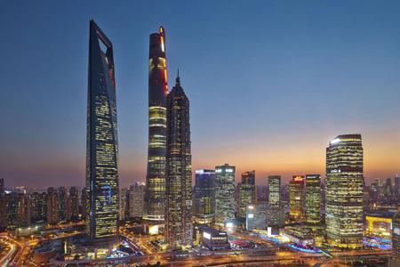 上海中心异形玻璃幕墙设计案例