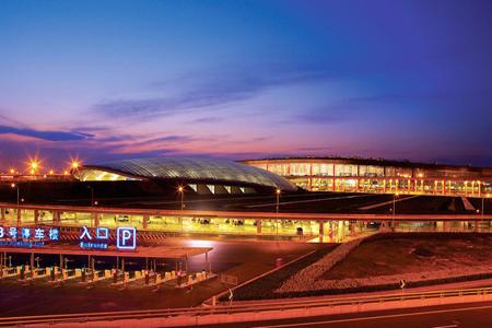 北京首都国际机场t3航站楼异形隐框玻璃幕墙设计案例