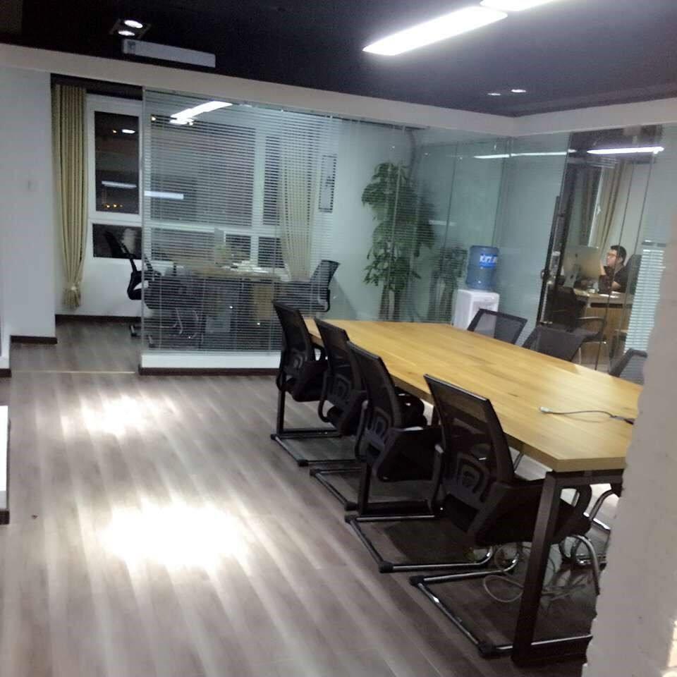 上海荣博幕墙装饰工程有限公司