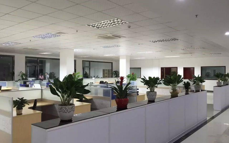 深圳东海玻璃幕墙有限公司