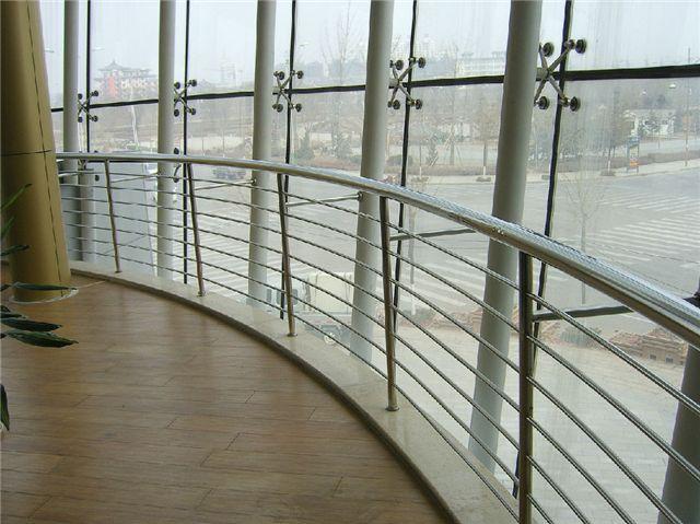 建筑工程施工工艺之点支式玻璃幕墙(一)