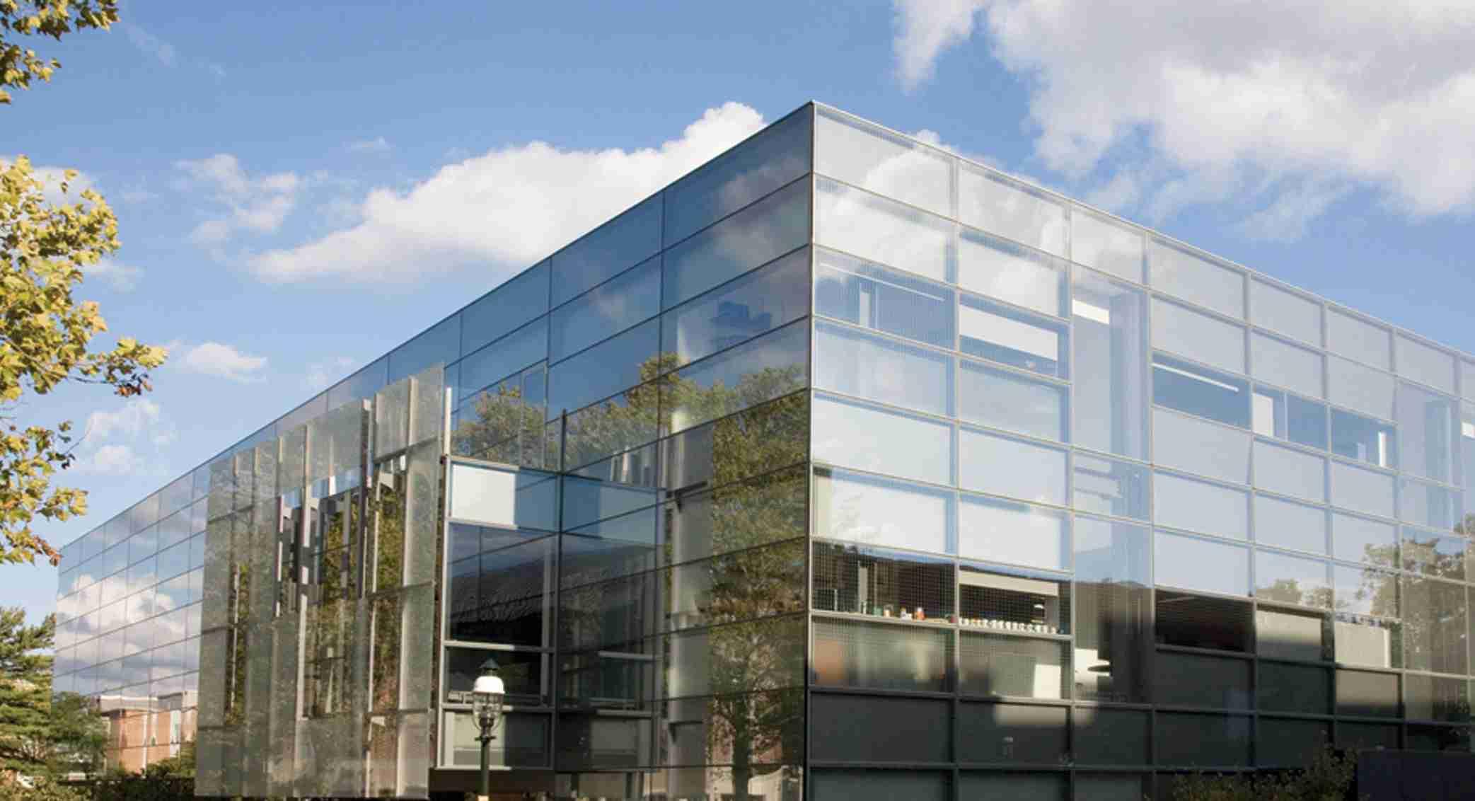 玻璃幕墙托块受力设计分析