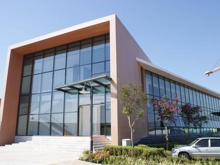 超大玻璃幕墙的施工措施及要求
