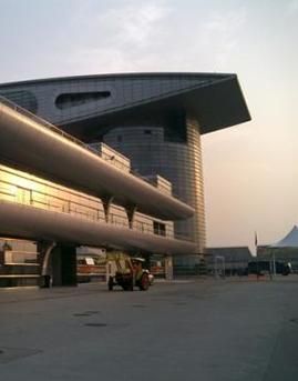 上海F1赛车场主看台铝板幕墙设计施工效果图