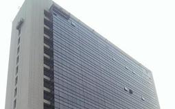 玻璃贴膜作用在建筑门窗及玻璃幕墙上节能显著