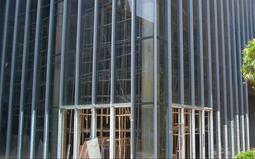 玻璃幕墙的施工工艺及安装方案