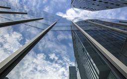 浅析玻璃幕墙施工和验收标准