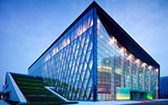 太仓市文化艺术中心玻璃幕墙设计案例