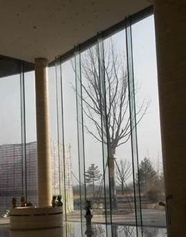 廊坊凤河国际高尔夫俱乐部培训主楼幕墙设计施工效果图