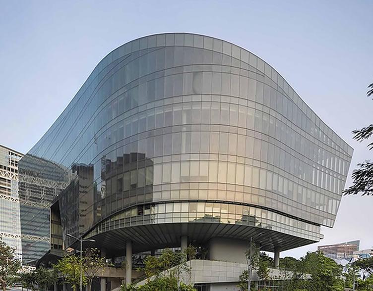 怎样设计能够让透明玻璃幕墙能有助天然采光