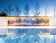 风动幕墙最常用的五种材质及造价参考