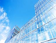 五种玻璃幕墙装置的安装固定办法全解