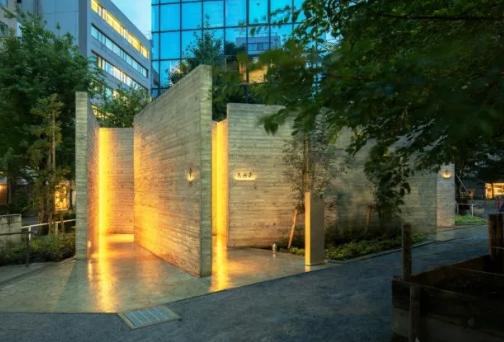惊了!日本街头出现透明公厕,竟有人排队抢着上!(二)