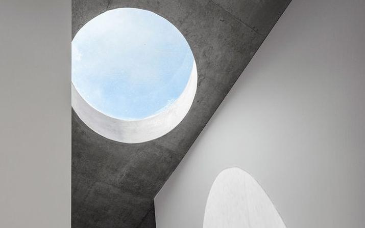 兼具功能性和象征性的圆形天窗从何而来?